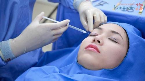 phẫu thuật thẩm mỹ mắt to có đau không 1