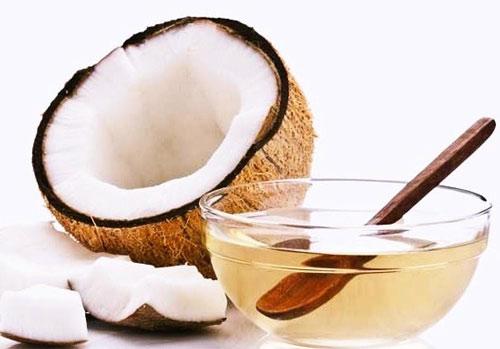 xóa bọng mắt bằng dầu dừa